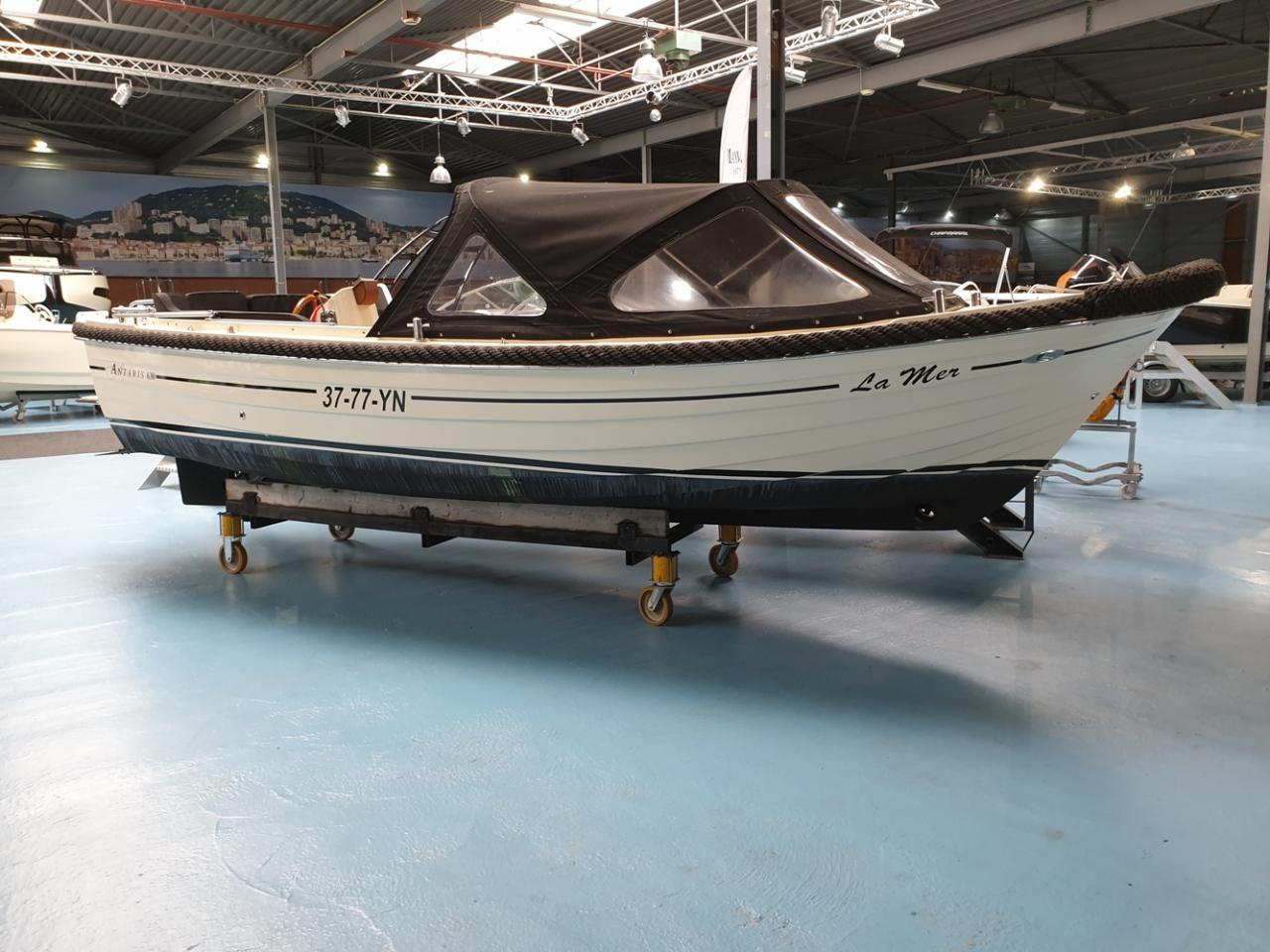 Antaris 630 sloep met Yanmar 110 pk full options! 1