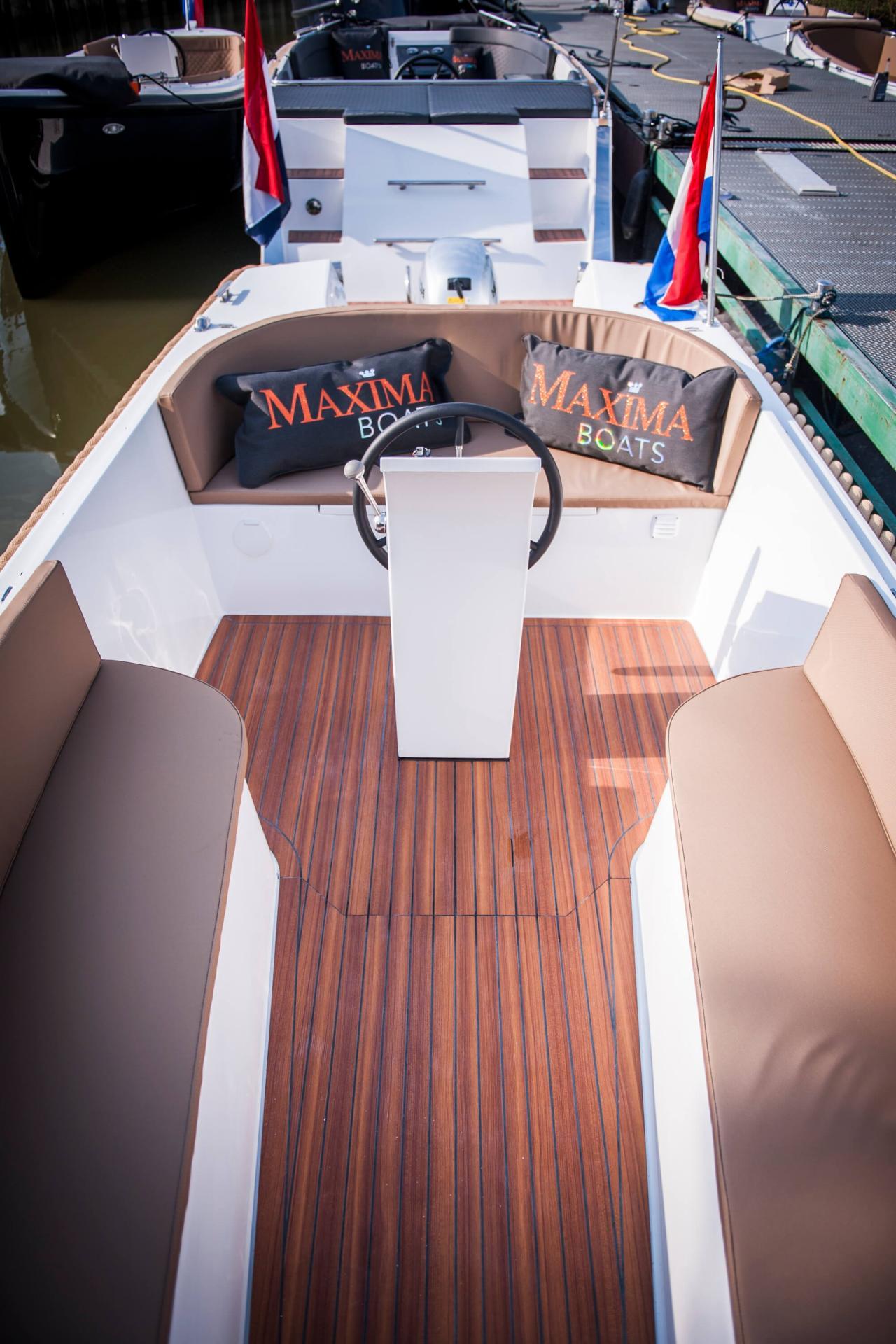 Maxima 550 26