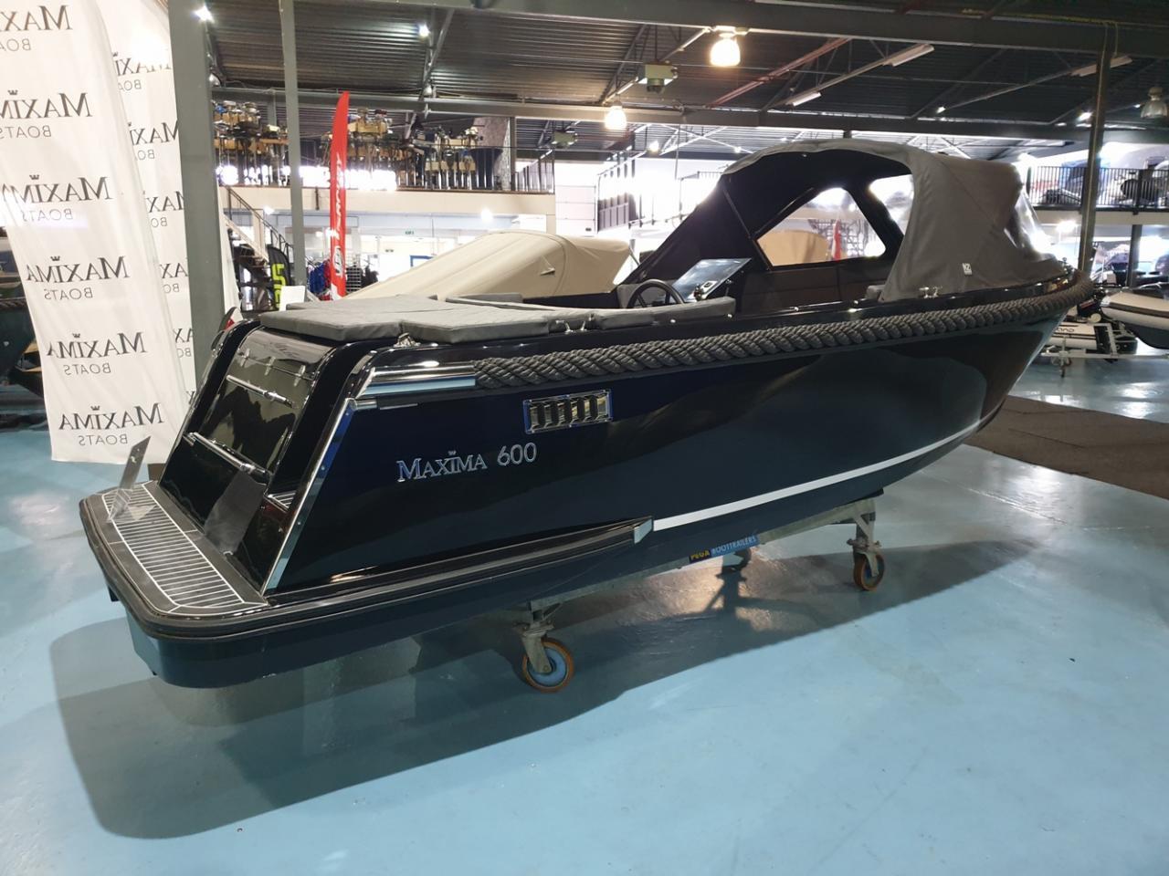 Maxima 600 tender met Honda 50 pk VAARKLAAR! 2