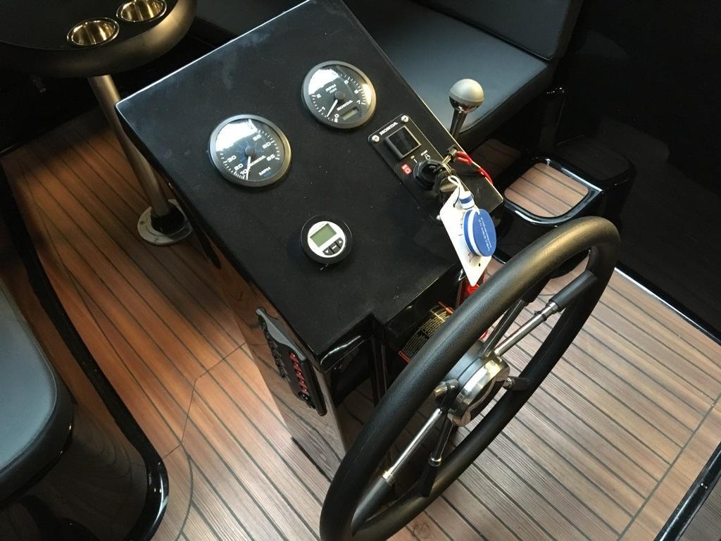Maxima 600 tender met Suzuki 30 pk DEMO 2