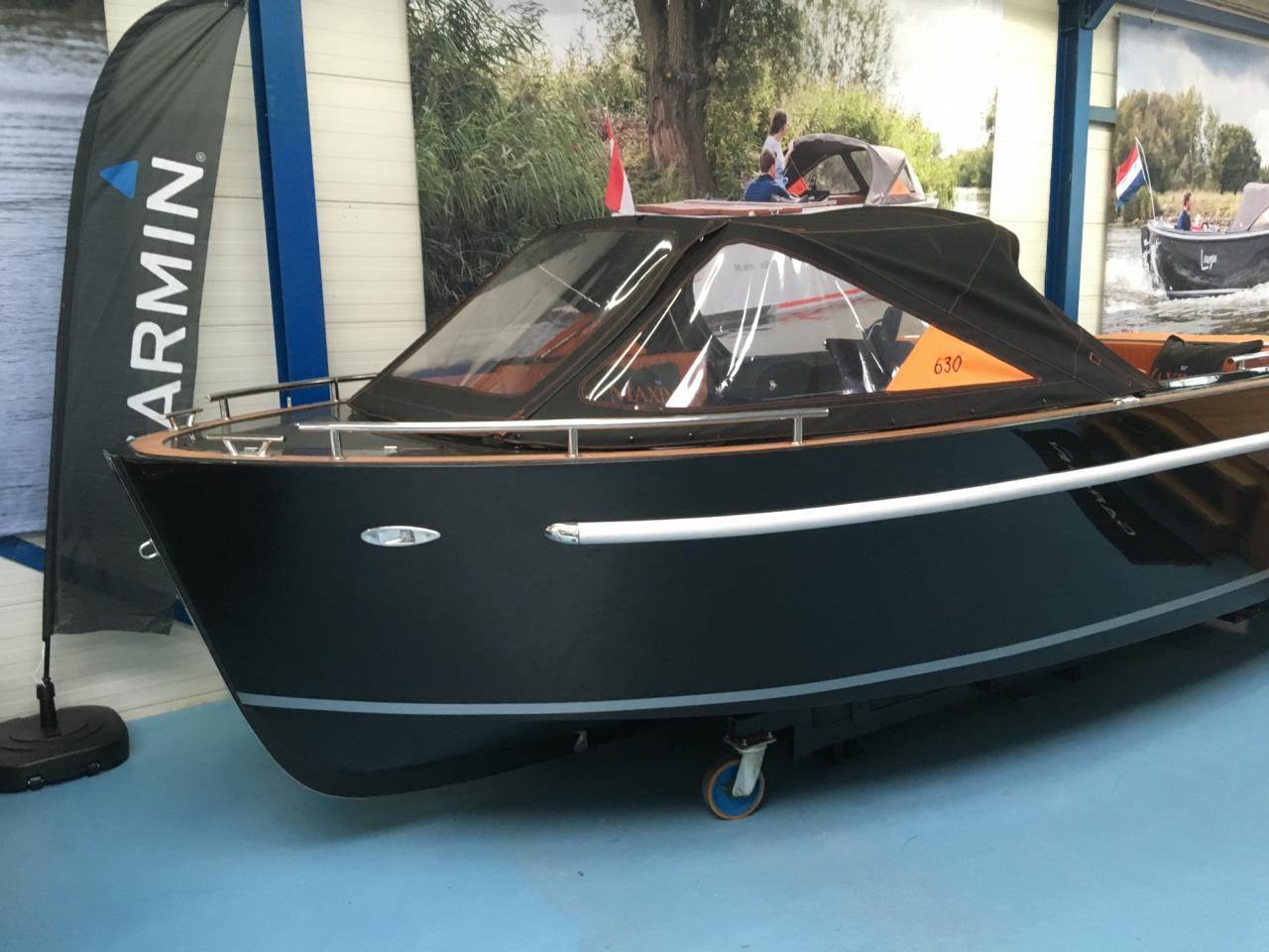 Maxima 630 zwart met Honda 60 pk in unieke kleurstelling! 2