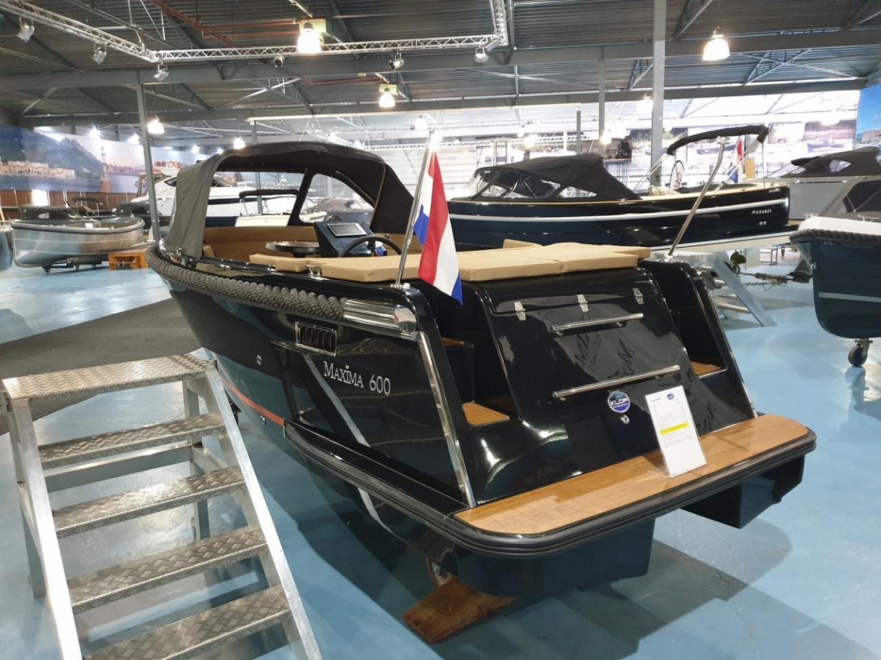 Maxima 600 tender met Honda 40 pk - levering 2022! 3