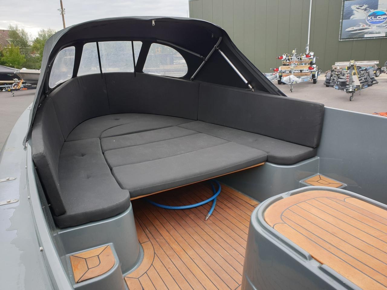 Jottum 650 lounge met Vetus 11 pk dieselmotor 6