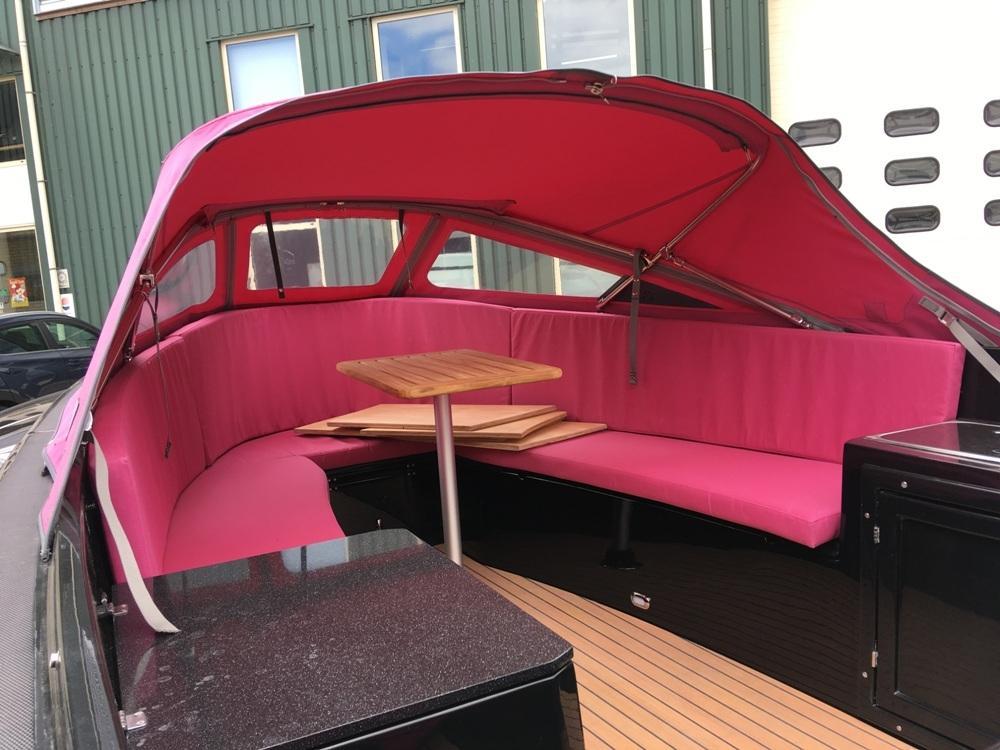 Maxima 650 lounge met Honda 20 pk 8