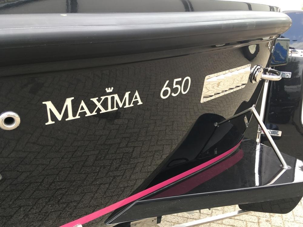 Maxima 650 lounge met Honda 20 pk 9