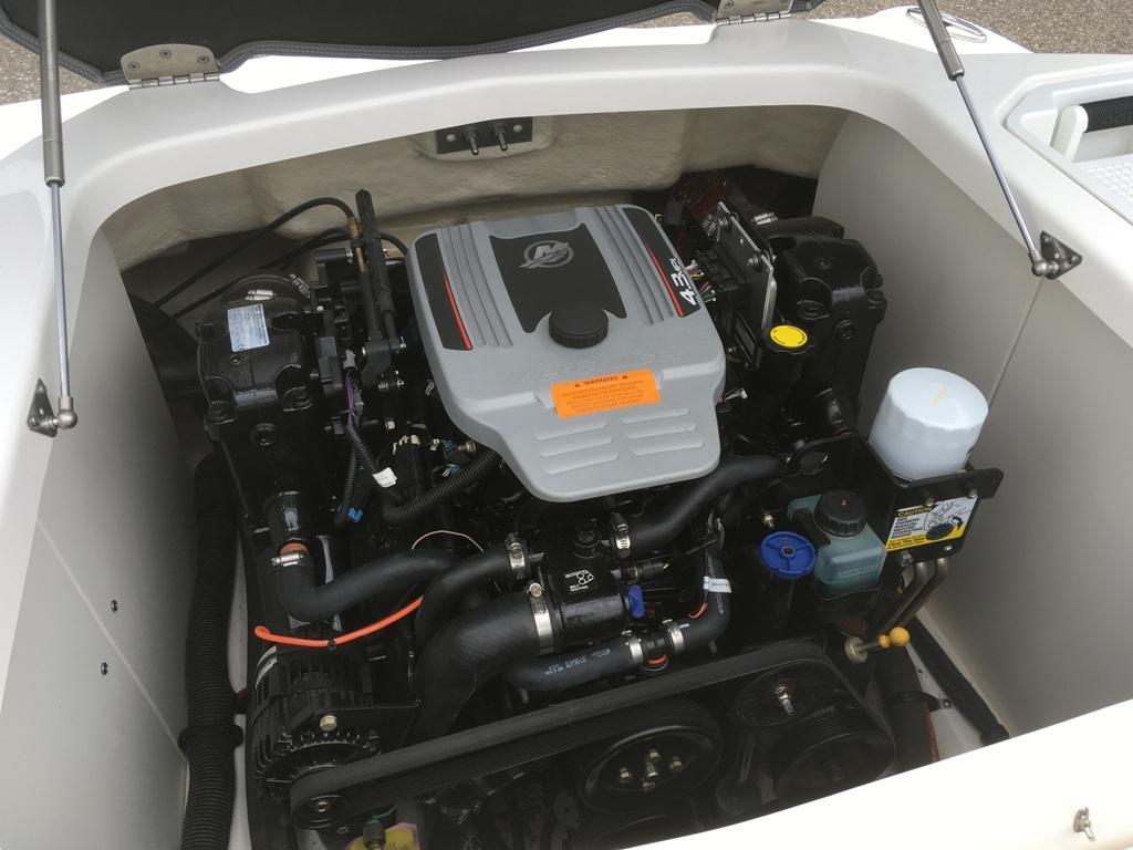 Chaparral 196 SSI speedboot met 4.3 liter MPI! 10
