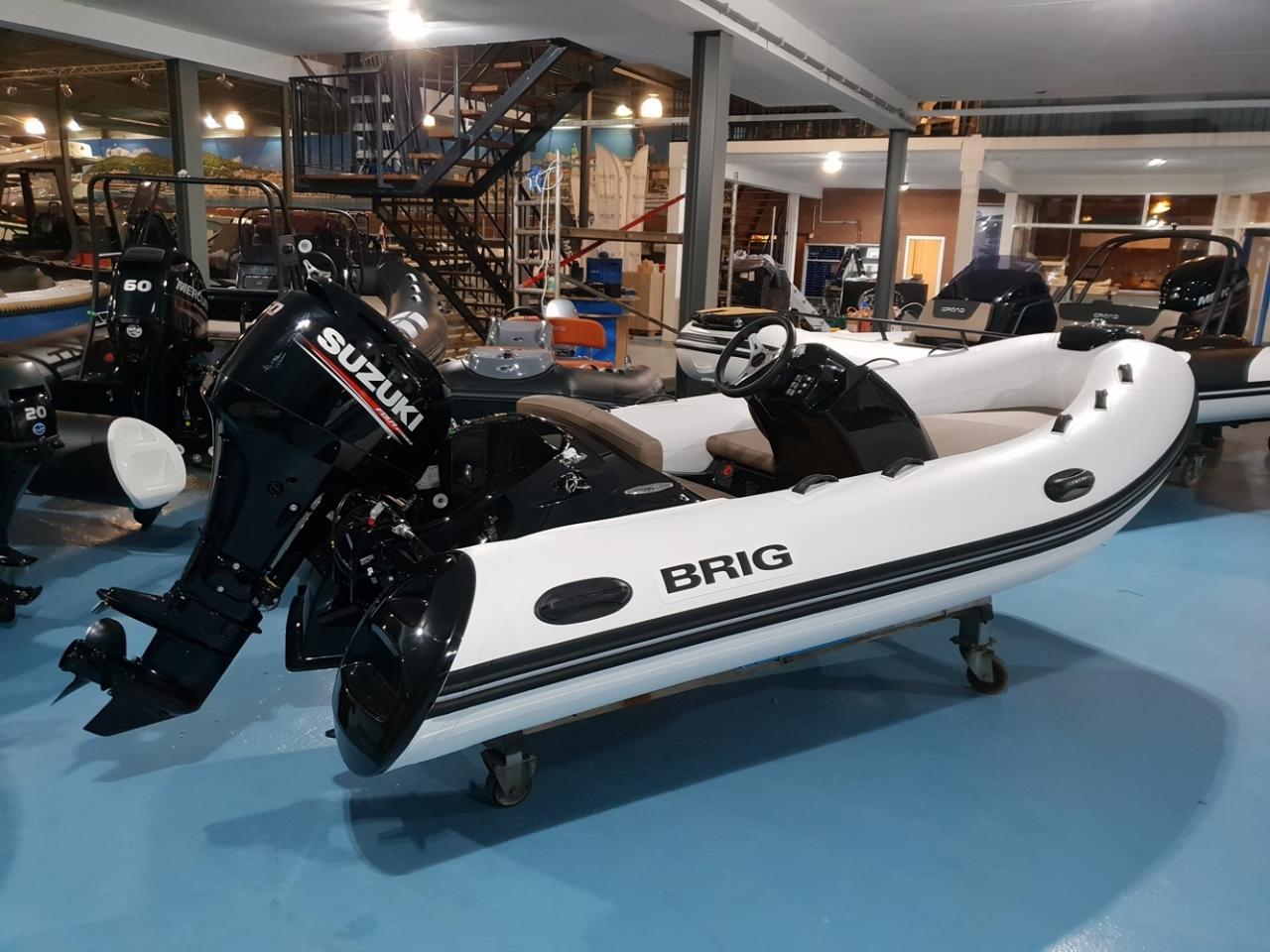 Brig Eagle 380 met Suzuki 50 pk motor 2