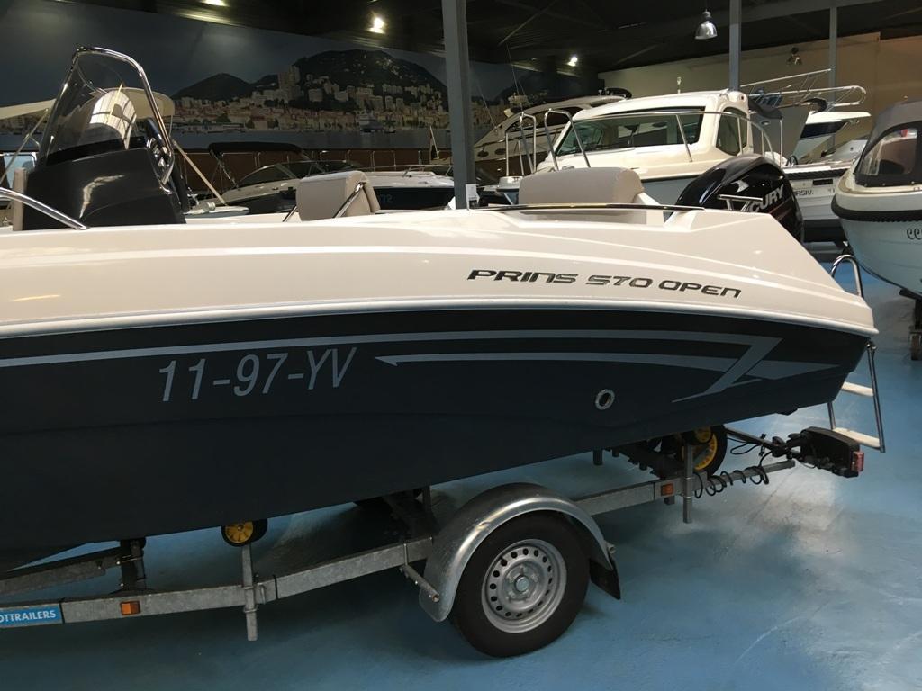 Prins 570 met Mercury 60 ELPT en Pega trailer 5