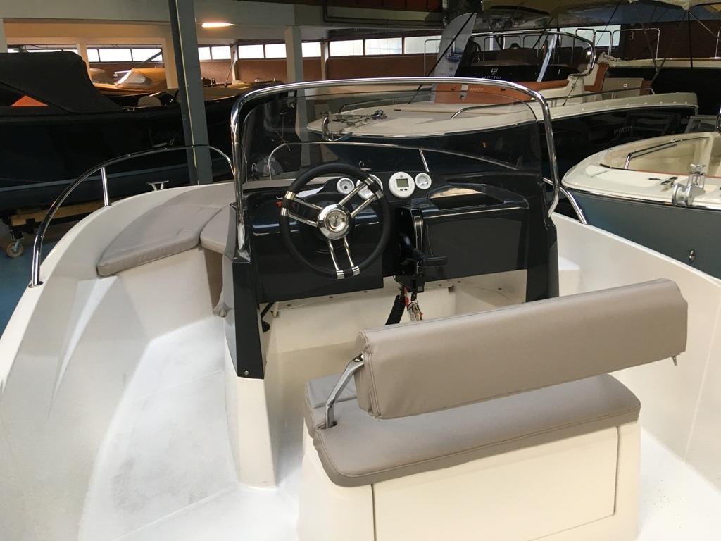 Prins 570 met Mercury 60 ELPT en Pega trailer 2