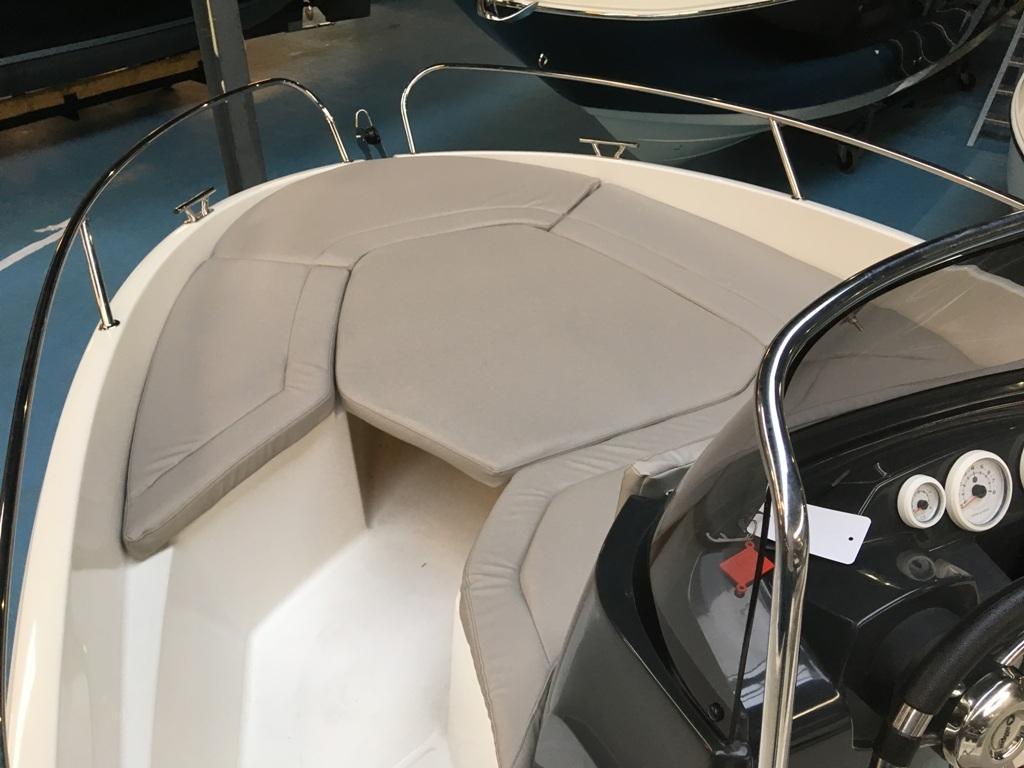 Prins 570 met Mercury 60 ELPT en Pega trailer 4