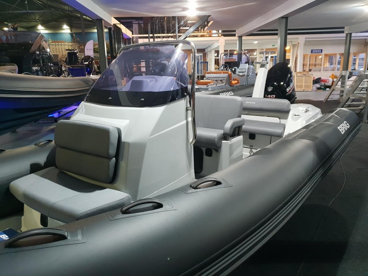 Brig Eagle 6 met Suzuki 140 pk 2