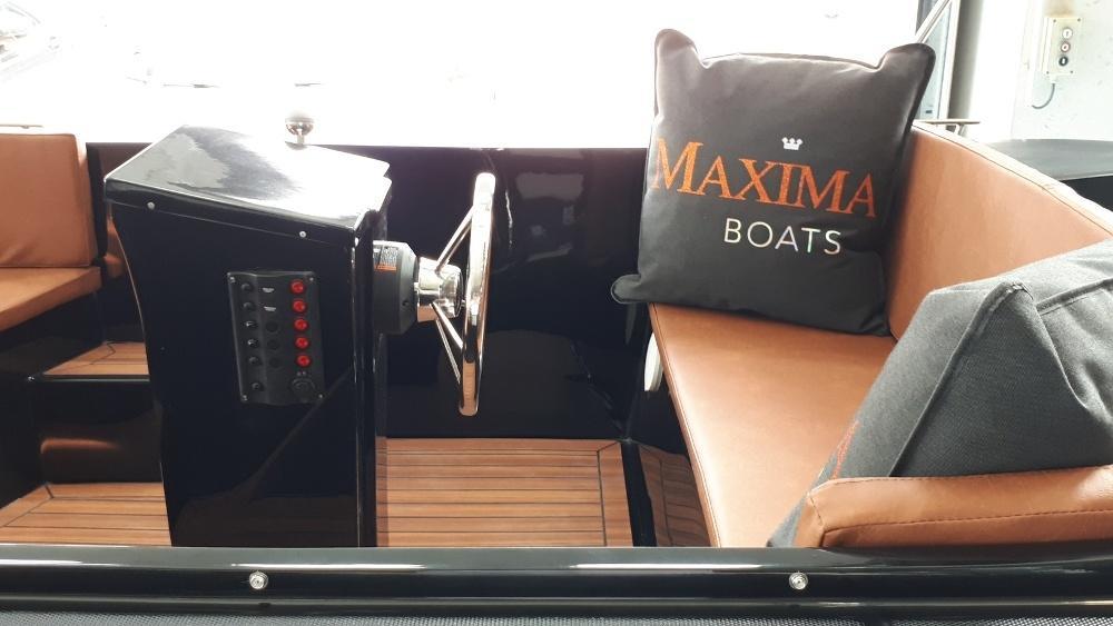 Maxima 490 met Honda BF 10 LRU 6