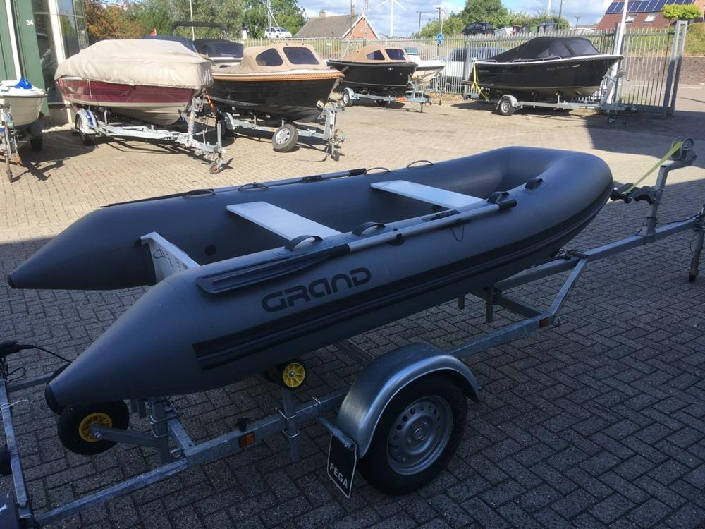 Grand 330 rubberboot 2