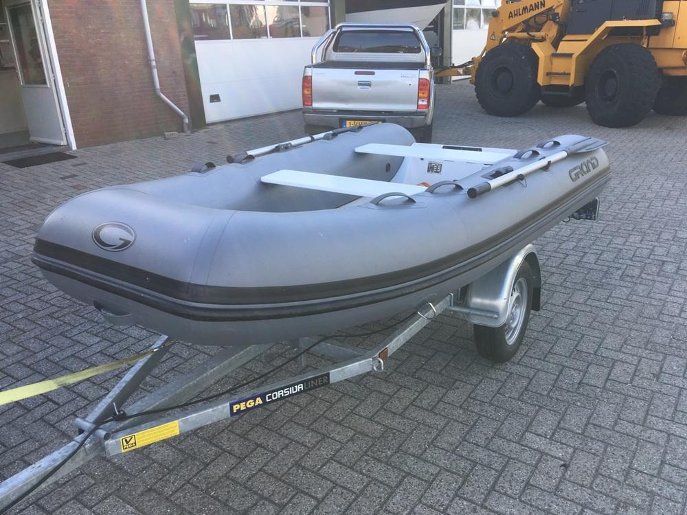 Grand 330 rubberboot 3