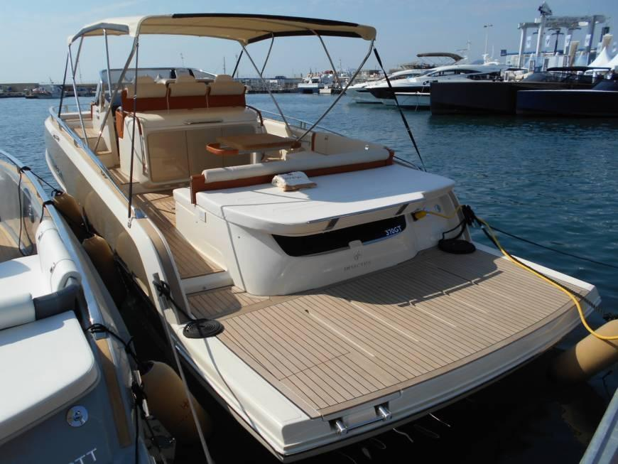 Invictus 370 GT sportjacht - levering 2022! 7