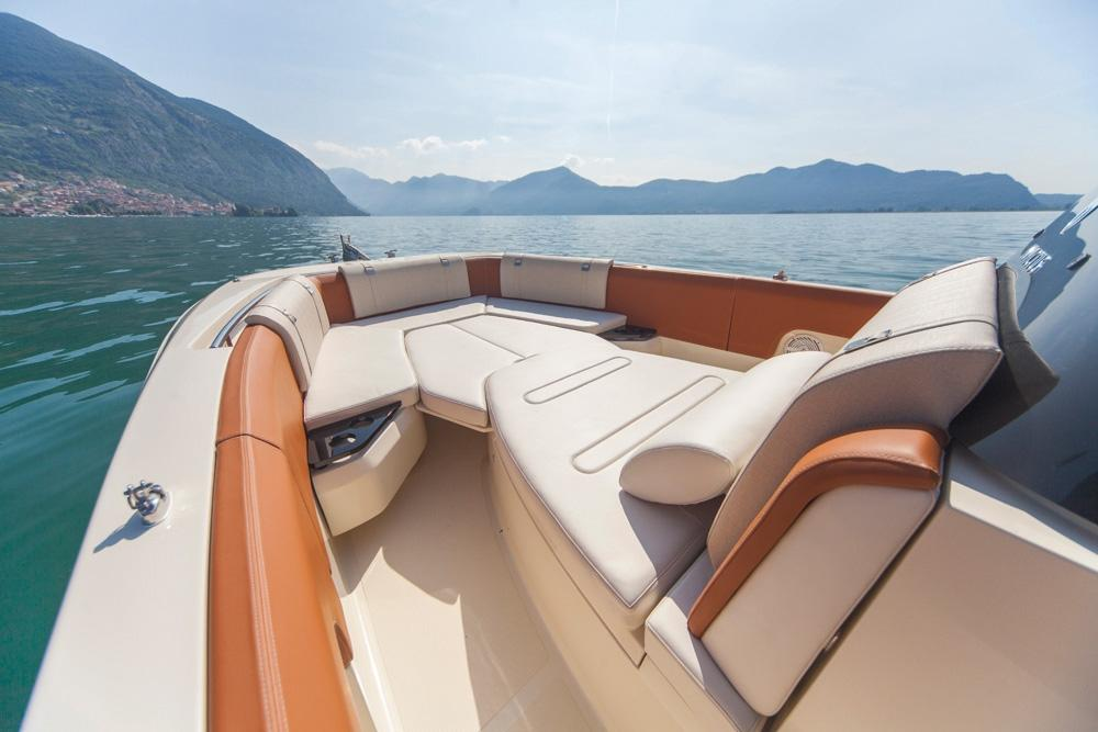 Invictus 280 SX sportboot 4