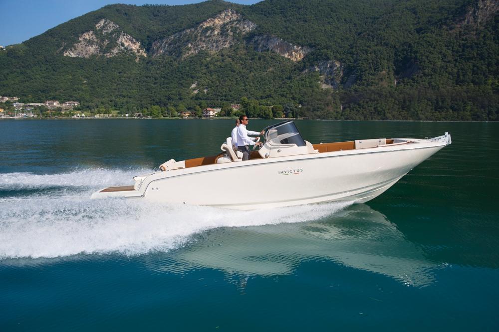 Invictus 280 SX sportboot 1