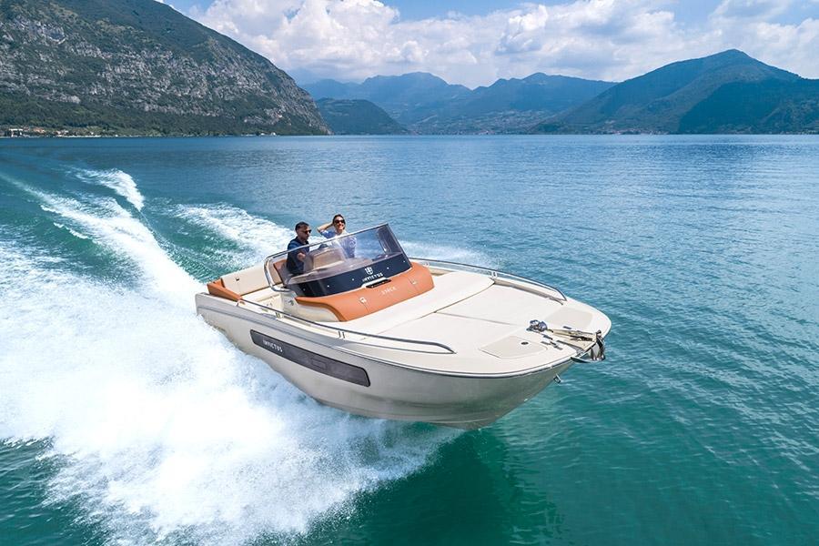 Invictus 250 CX sportboot 20
