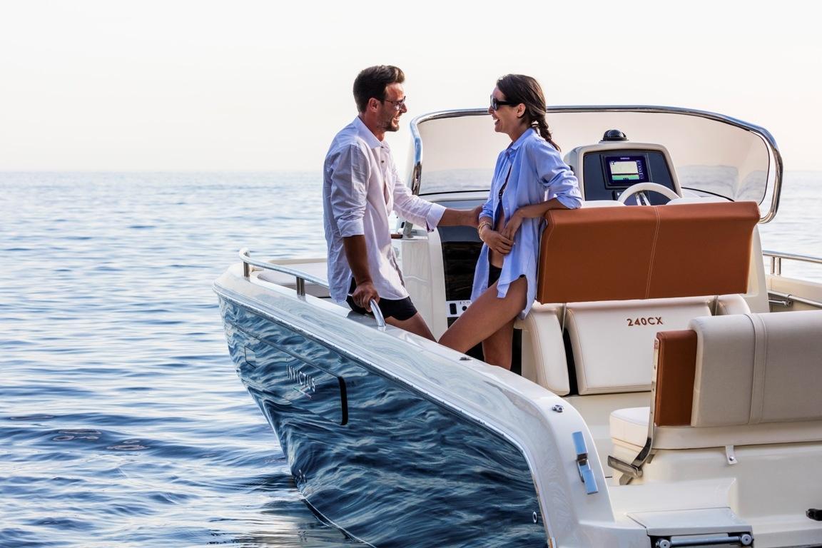 Invictus 240 cx sportboot 3