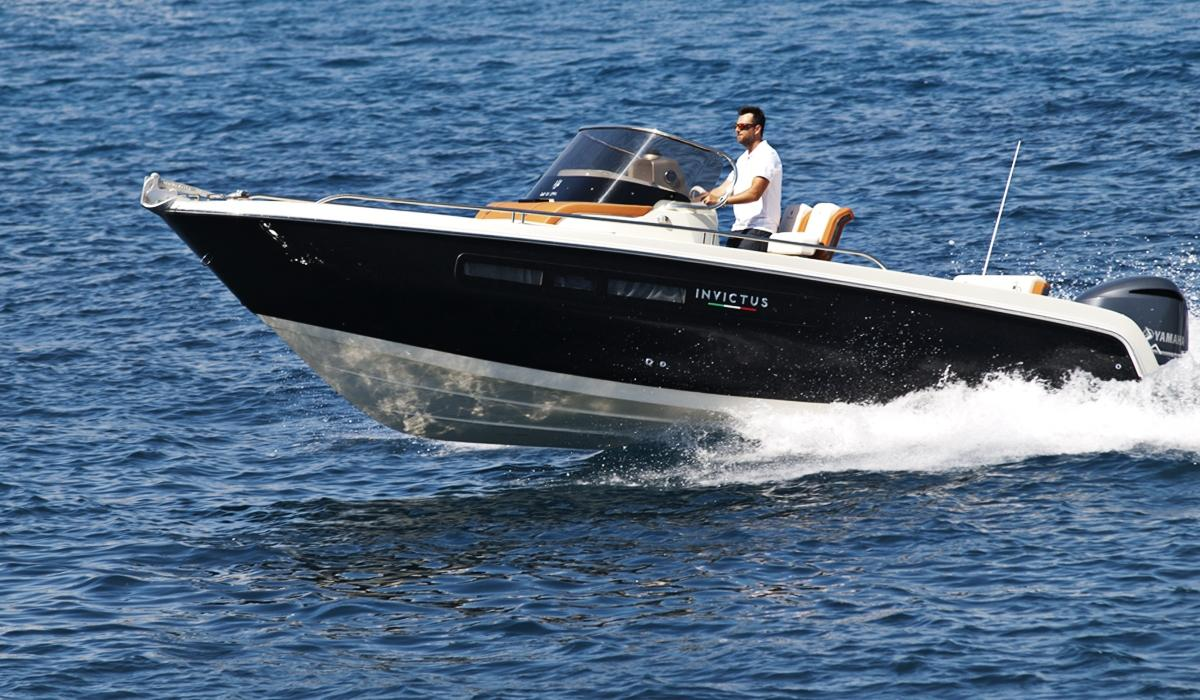 Invictus 240 cx sportboot 2