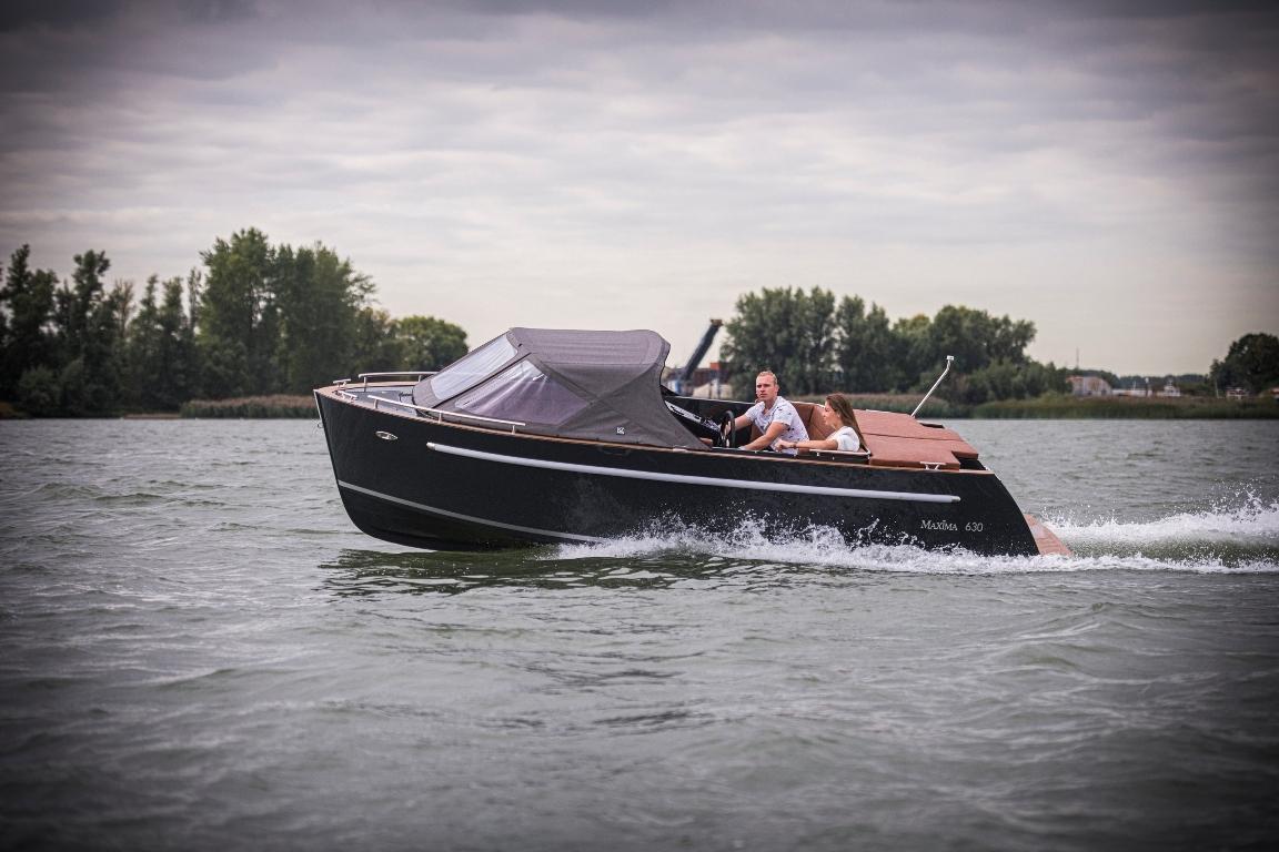 Maxima 630 tender 7