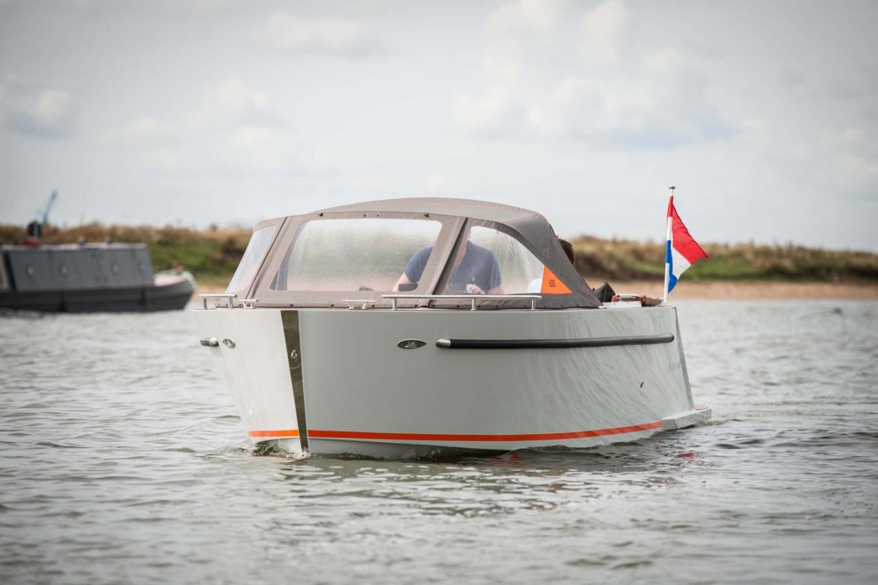 Maxima 630 tender 2