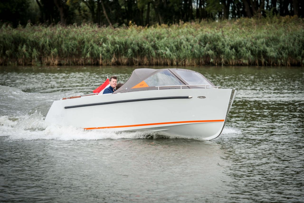Maxima 630 tender 13