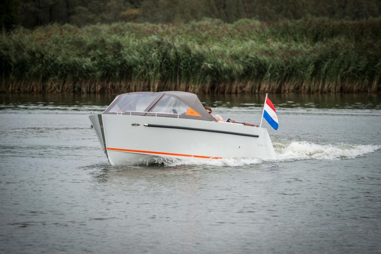 Maxima 630 tender 15