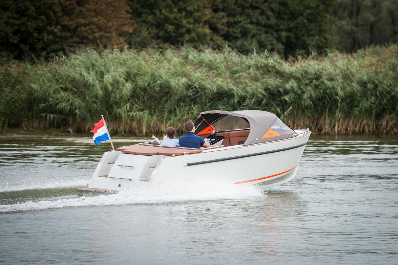Maxima 630 tender 16