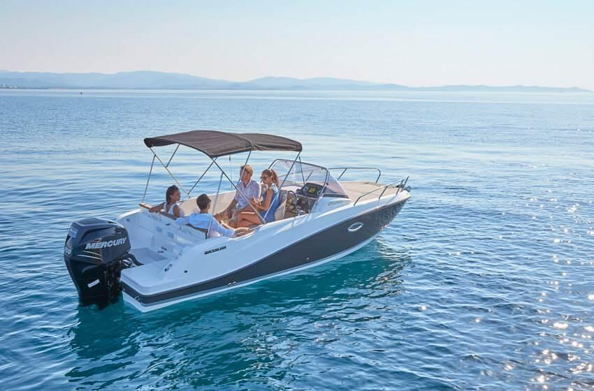 Quicksilver 675 sundeck 9