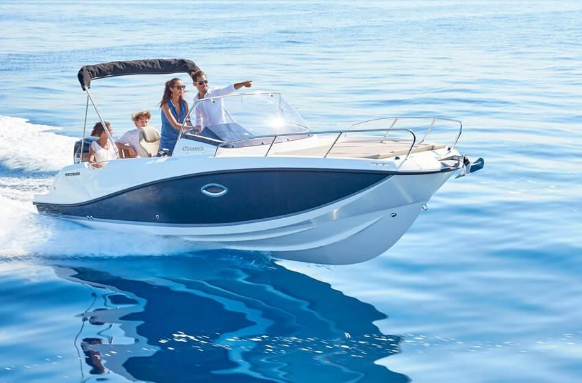 Quicksilver 675 sundeck 1