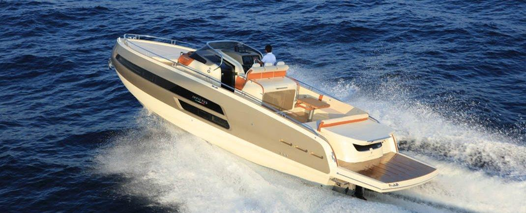 Invictus 320 GT sportboot 6