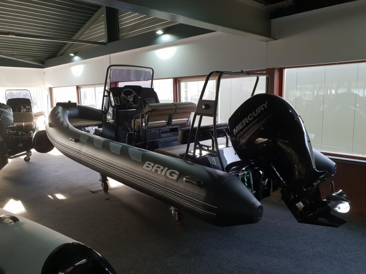 Brig 610 navigator met Mercury 150 pk 3