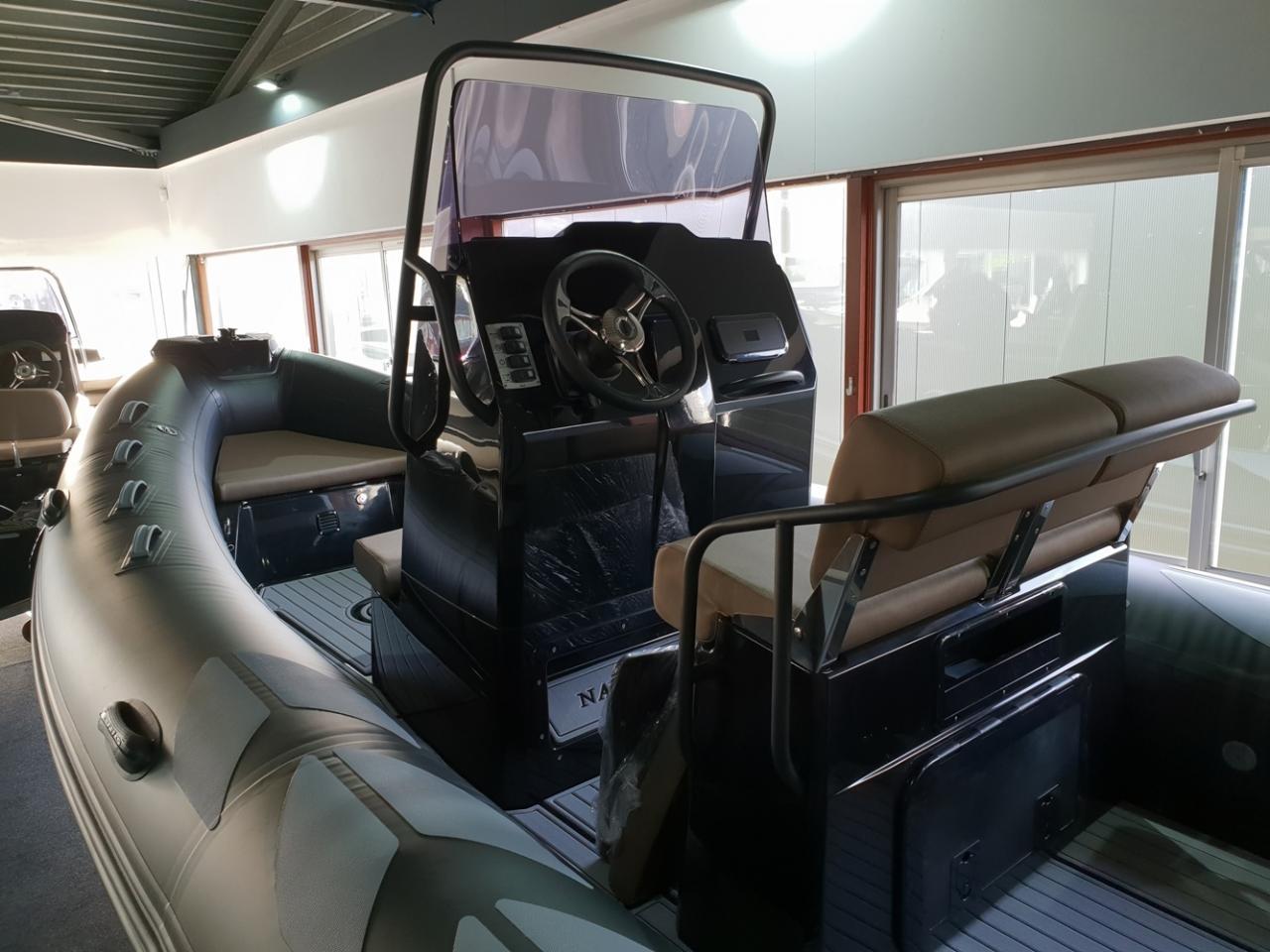Brig 610 navigator met Mercury 150 pk 5