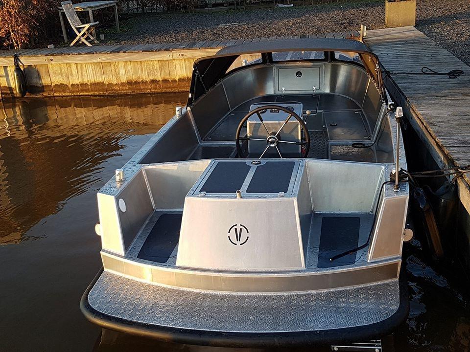 VanVossen Tender 650 (sport) 5