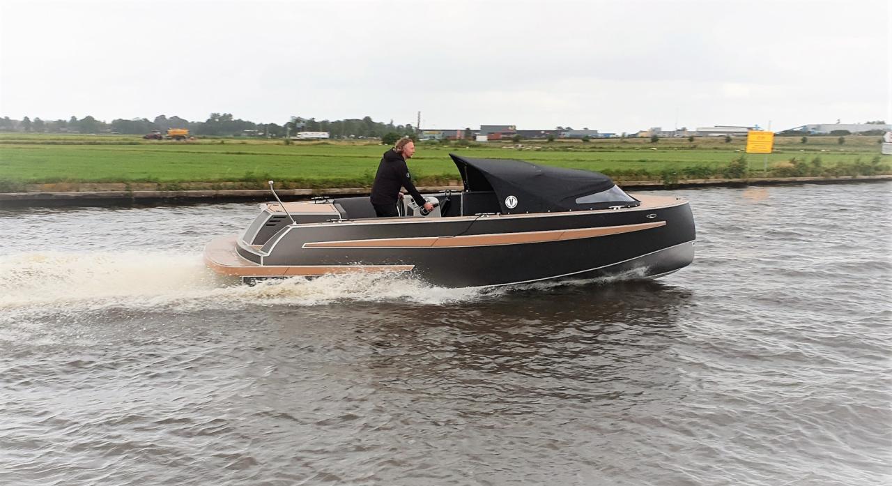 VanVossen Tender 650 (sport) 1