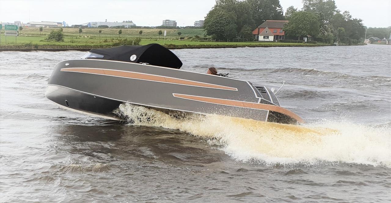 VanVossen Tender 650 (sport) 13