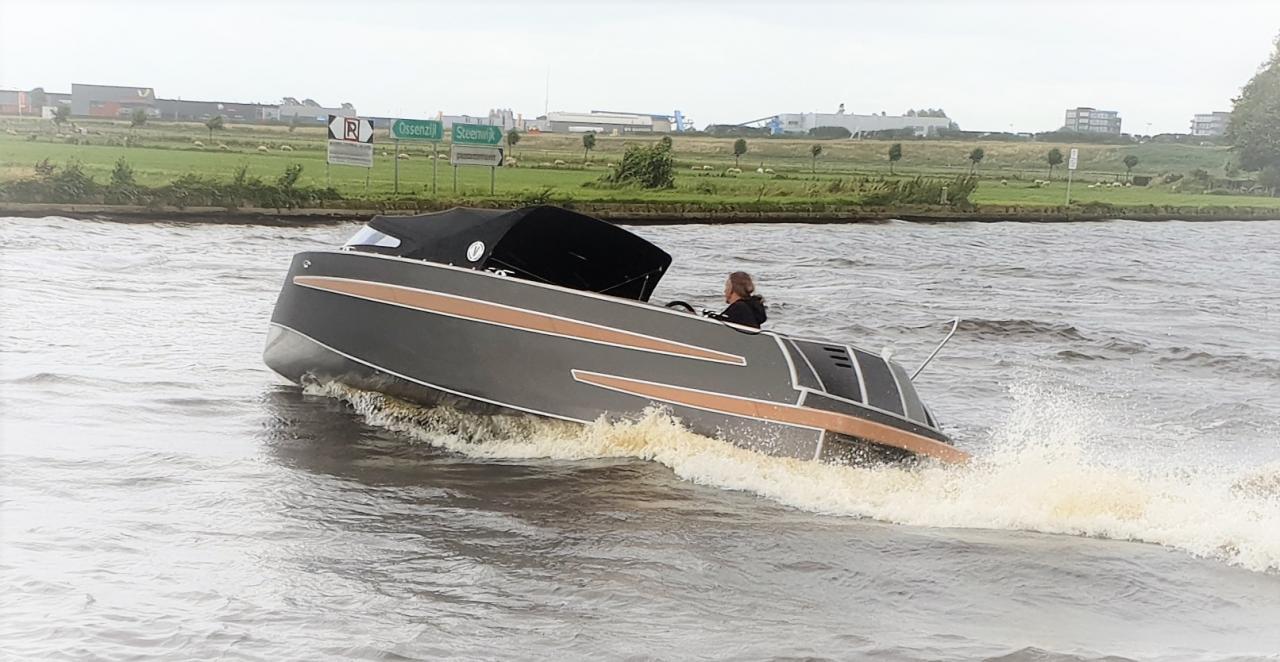 VanVossen Tender 650 (sport) 14