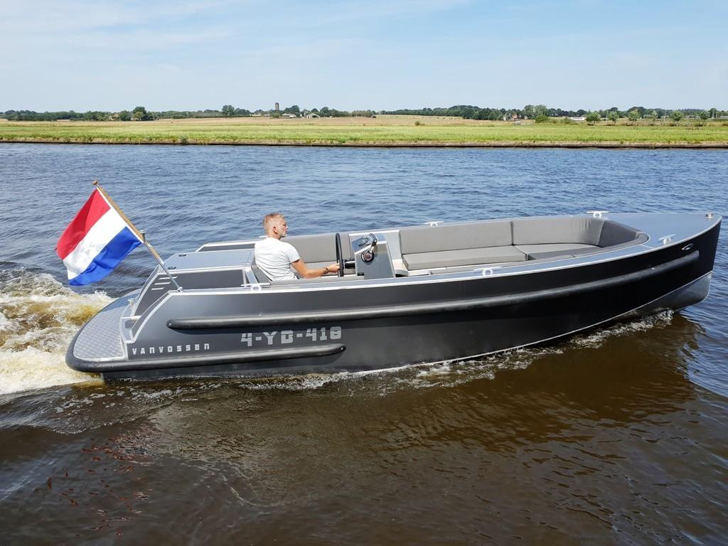VanVossen Tender 700 (sport) 3