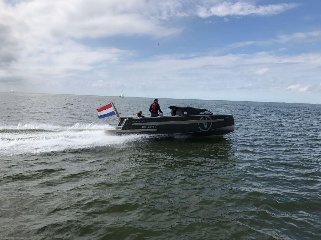 VanVossen Tender 777 (sport) 30