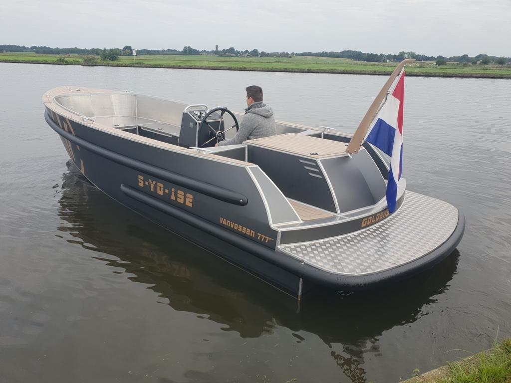 VanVossen Tender 777 (sport) 6