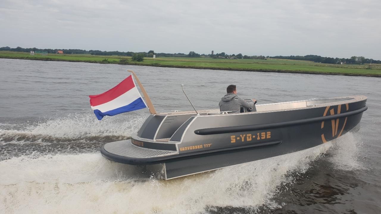 VanVossen Tender 777 (sport) 8