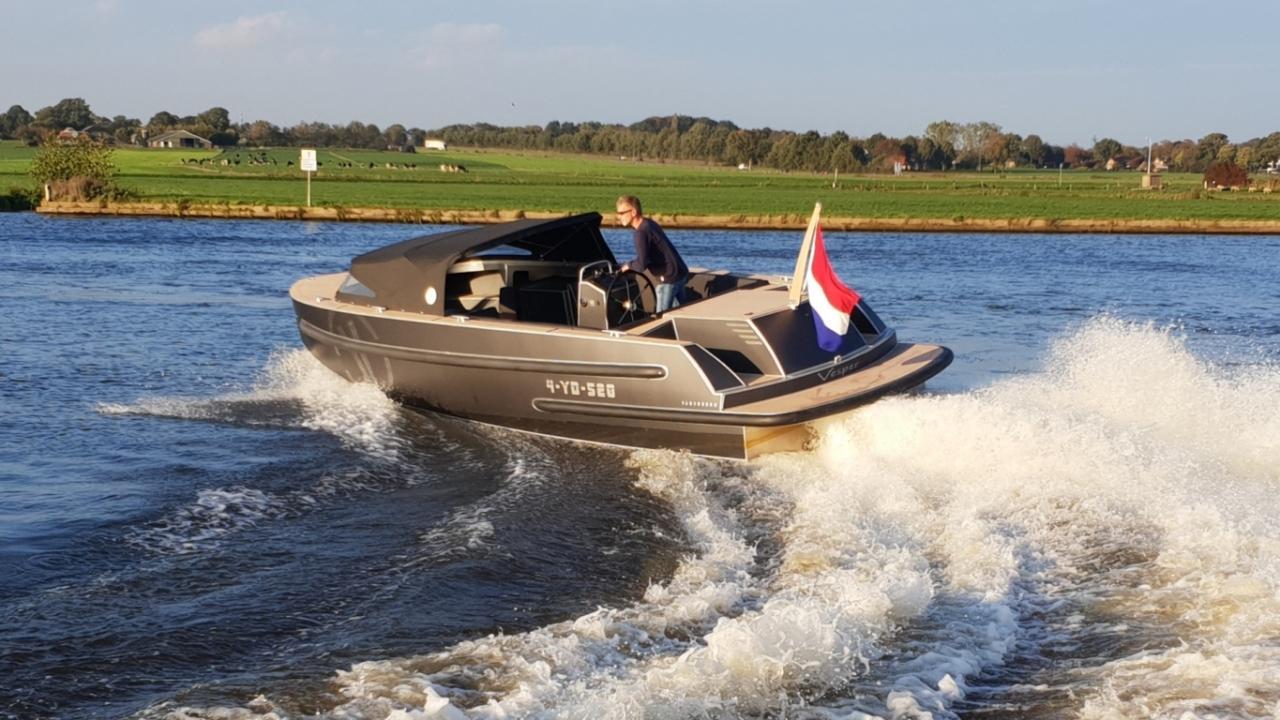 VanVossen Tender 888 (sport) 15