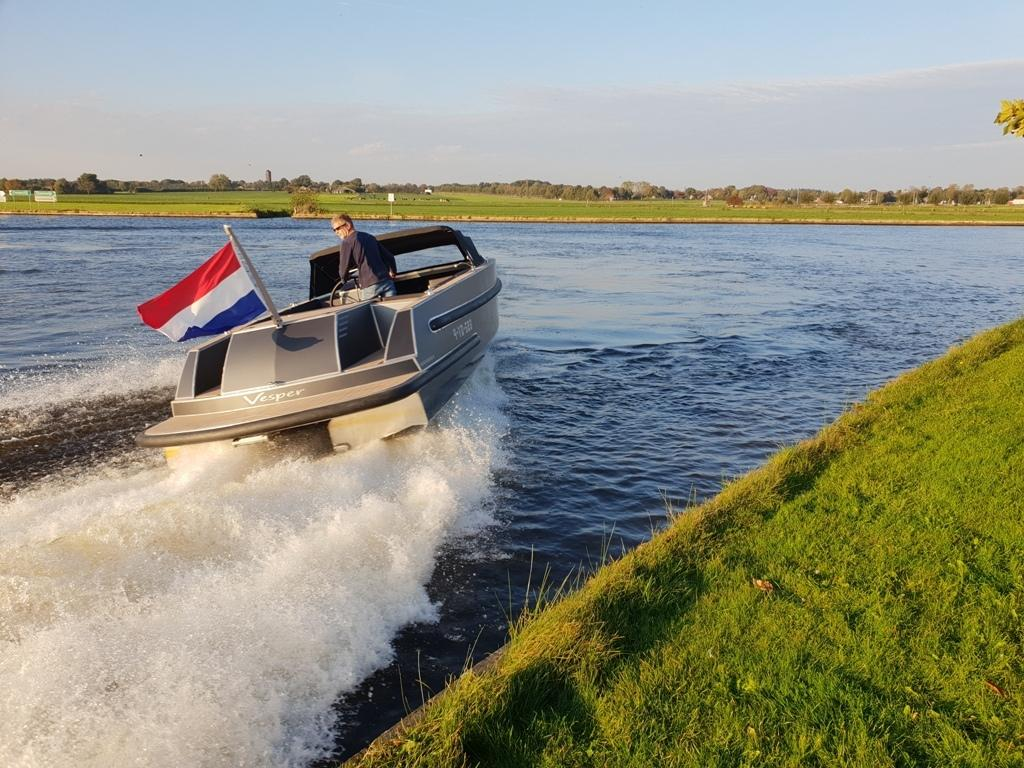 VanVossen Tender 888 (sport) 6