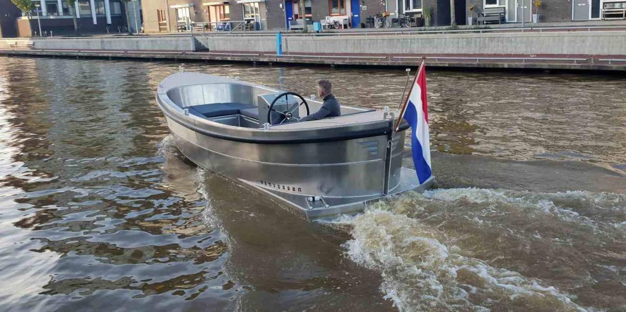 VanVossen Sloep 650 8