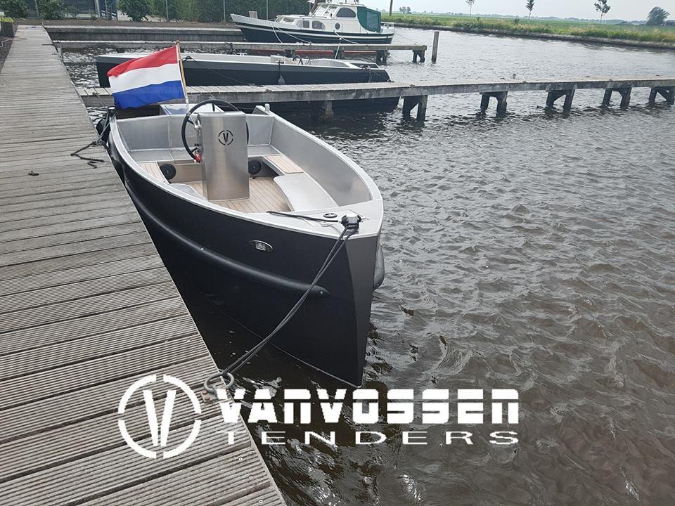 VanVossen Tender 595 aluminium  1