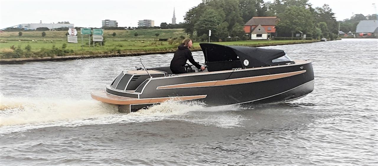 VanVossen Tender 670 aluminium 3