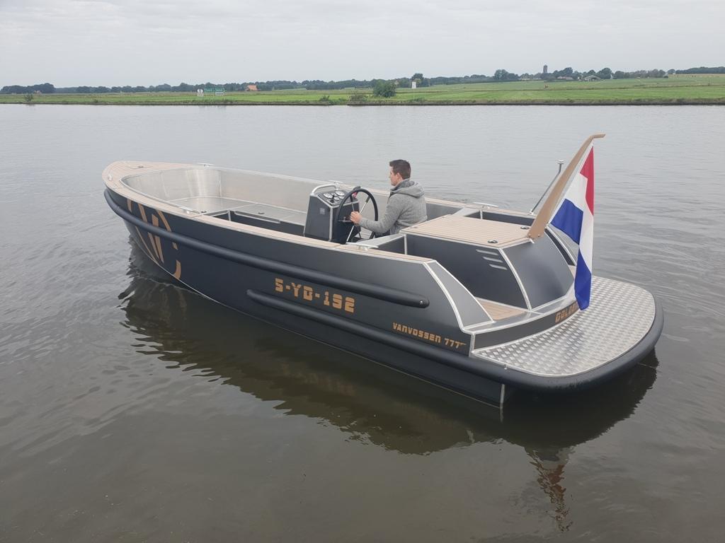 VanVossen Tender 777 aluminium 8