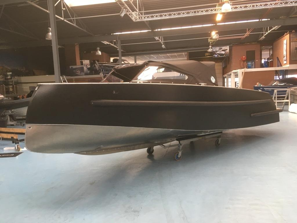 VanVossen Tender 888 sport met Honda 150 pk motor full options! 4
