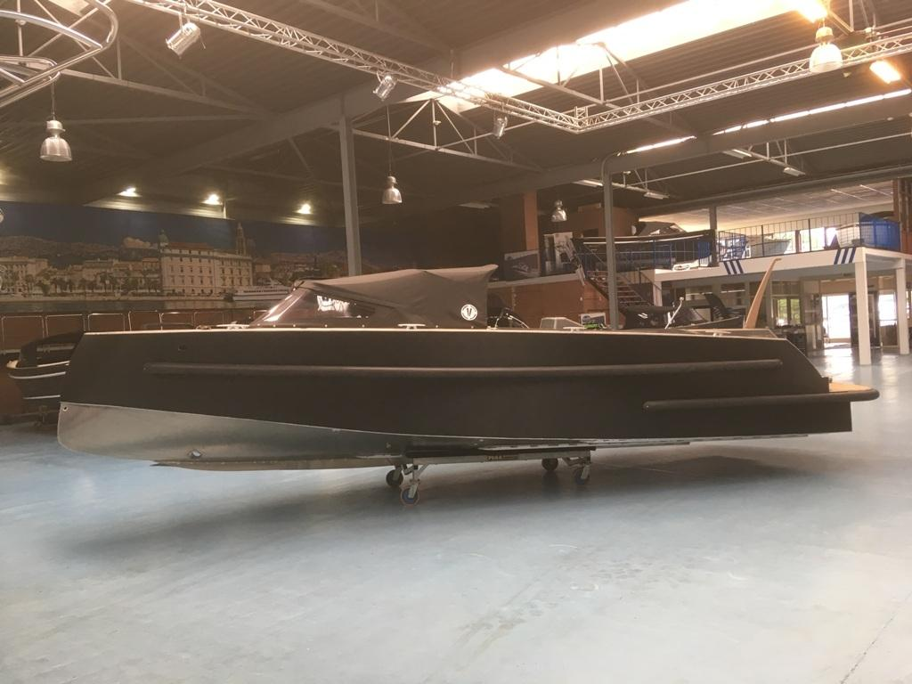 VanVossen Tender 888 sport met Honda 150 pk motor full options! 7